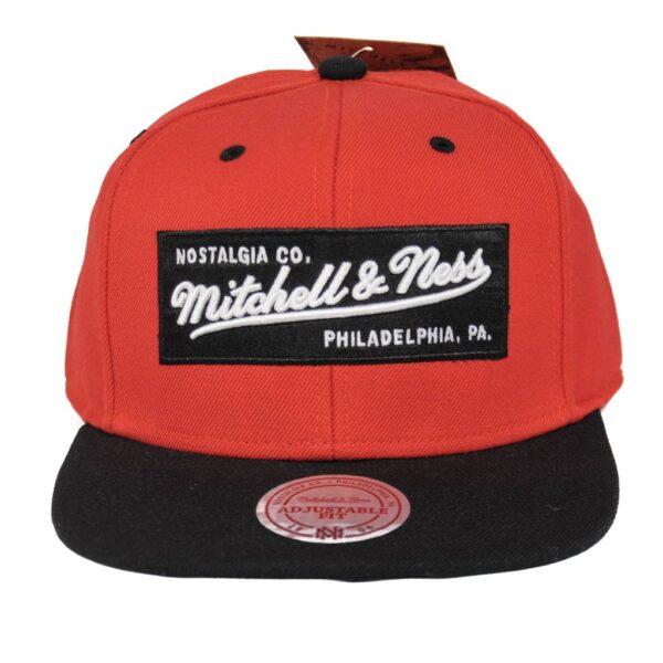 Mitchell and ness Box Logo 2 Tone Label röd svart logga