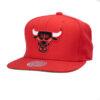 Röd/svart chicago bulls NBA kepsar Mitchell and ness