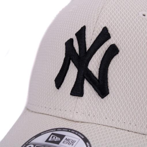 New Era Yankees vit 9forty keps